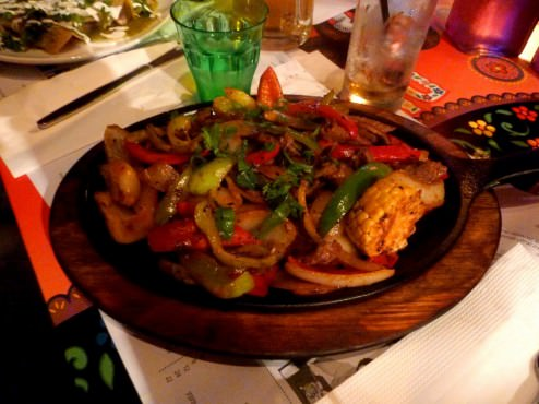 Fajitas: colorful peppers, onions, corn, sauteed with strips of sirloin (54 NIS). Was my least favorite dish of the night.