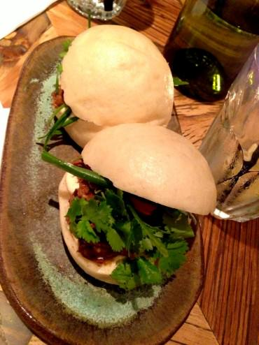Beef Bahn: Vietnamese steamed bun with aromatic longed cooked meat and Asian aioli sauce (36 NIS).