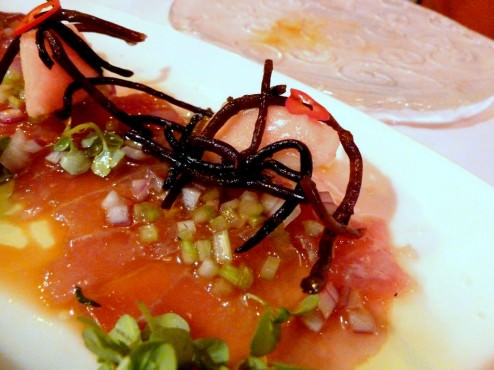 Tuna carpaccio with lemon grass Campari sorbet and pickled algae (62 NIS)