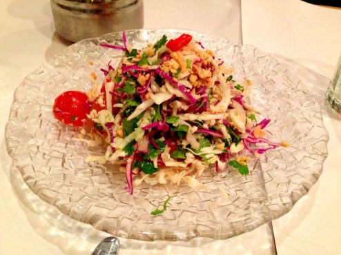Health Salad: chopped chicken, cabbage, coriander, mint and peanuts in a spicy Thai dressing (33 NIS).