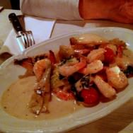 Shrimps with Artichoke, basil, cherry tomato, onion, butter and white wine (72 NIS)