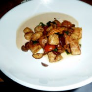 Beurre noisette gnocchi, chestnut and porcini foam (94 NIS)